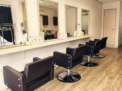 ヘアーサロン カラーラ(Hair Salon Color ra)
