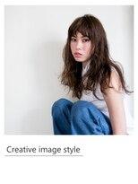 ヴェローグ シェ ブー(belog chez vous hair luxe)【Creative image styel】ロングスタイルのウエットカール