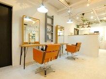 アグ ヘアー ルーブル 茨木店(Agu hair louvre)の雰囲気(ゆったり寛げる居心地の良い空間です。)
