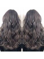 ヘアアンドビューティー クローバー(Hair&Beauty Clover)gray