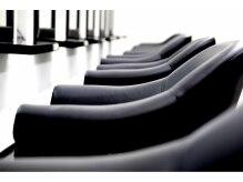アリュール 小郡店(ALURE)の雰囲気(とてもすわり心地の良い椅子を用意しております。)