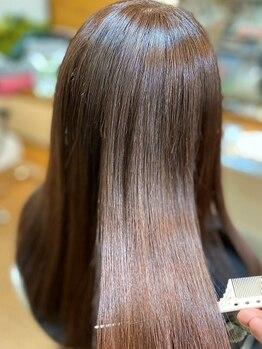 ビオス ヘア(bios hair)の写真/≪匂いがなく、縮毛矯正と同時に出来る!!≫根本の白髪はしっかり染めて、毛先は純金カラートリートメント★