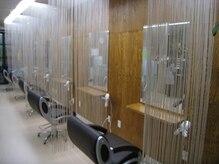 ヘアメイクサロン アース(hair make salon EARTH)の雰囲気(ゆったりとしたカットチェアー♪お1人の空間を大事にします)