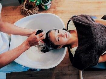 イリス(Iris)の写真/≪2019年11月NEWOPEN≫魔法のバブル「marbb」導入サロン★「marbb」×トリートメントで最高級に潤う髪へ♪