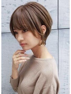 トゥーナ 表参道(tona)外ハネくびれイヤリングカラーイメチェンラベンダーカラー前髪;