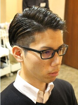 ディスパッチヘアー 甲子園店(DISPATCH HAIR)の写真/カット&フェイシャルエステが¥4500★しかも眉カット&シェービング付き!メンズ専門店だから叶う満足度◎