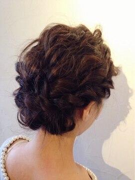 結婚式 髪型 ショートボブ ヘアアレンジ  ボブアレンジ