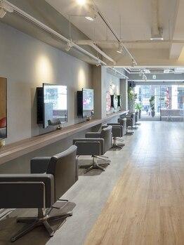 シーン バイ ラッド(SCENE by RAD)の写真/[茶屋町/女性Staff多数]全席ipad完備!それぞれのサロンタイムが過ごせるこだわり空間。梅田駅すぐの好立地!