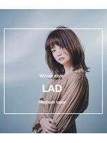 ラッドヘアー(LAD HAIR)【LADHAIR】外ハネレイヤーミディ