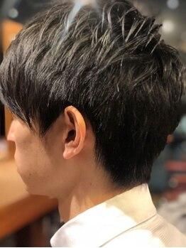 ベイス トリートメント専門店(BASE)の写真/【cut+クレンジングシャンプー¥3980】ヘッドspaも大人気!頭皮のデトックス&クレンジングで頭皮も髪も健康に