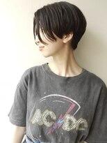 【morio 原宿】ハンサムショート センターパート 前髪なし 黒髪