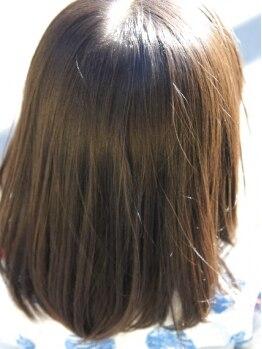 ラグ 東所沢店(RAG)の写真/伸ばしながら髪の栄養分であるタンパク質を補充していくのでダメージも最小限に!!縮毛矯正でお悩み改善へ!