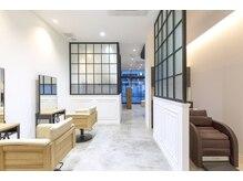 アテナ 六本松店(ATENA)の雰囲気(半個室空間。電話での要予約でお願いします。)