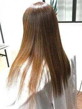 ハコヘアー(HACO HAIR)の写真/【ダメージを最小限に抑えたHACO HAIRのストレート】本物志向の大人女性に本格エイジングケアを。