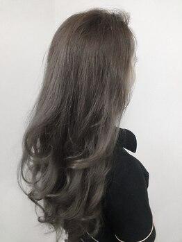 ヘアー アクト ルーム Hair Act roomの写真/【当店NO.1リピートメニュー】明るめカラーでもしっかり白髪が染まっちゃう!オシャレも楽しみたい方必見!