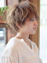 ベル ヘア ラウンジ(Belle hair lounge)【Belle hair lounge】ドライな質感のふんわりショートスタイル
