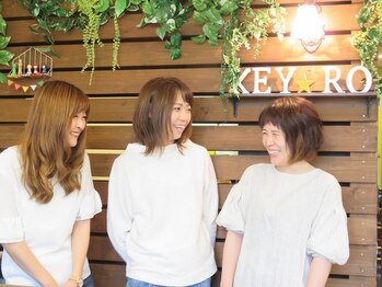 キイロヘアー(KEY-RO HAIR)の写真/【発寒南駅1分】いつでも明るい笑顔でお出迎え♪「美容室って緊張する・・・」そんな方でもリラックス◎