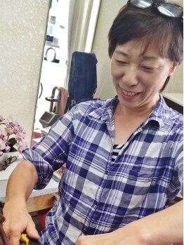 美容室サクライの写真/東京で講師としても活躍する店長櫻井さん♪絶妙なアイロン使いでナチュラルストレートヘアを実現!