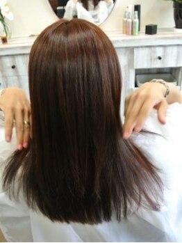 サンテリア(santeria)の写真/傷んだ髪の毛は、もう見たくない…。お客様の髪の事を本気で考えたダメージケアで、美しく健康な髪へ。