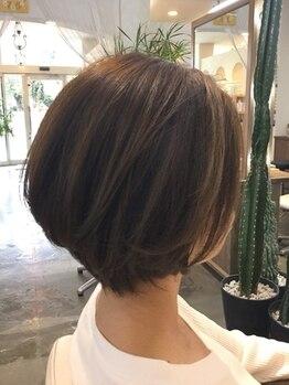 """ヘアーオアシス(Hair OASIS)の写真/経験豊富なスタイリストがあなたの""""なりたい""""を叶えます☆360度どこから見ても美しいスタイルになる…♪"""