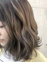 エッセンシャルヘアケア アンド ビューティー(Essential haircare & beauty)グレージュボブ