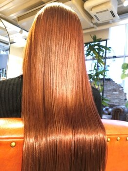 ロジャー(roger)の写真/【髪質改善プレミアストレート】美髪特化サロンだから出来る美髪形成ストレート。他店では叶わないツヤ髪に