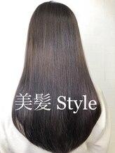 ディスオモテサンドウ 表参道(This OMOTESANDO)美髪 Style