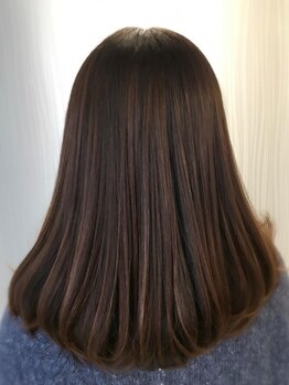 リベルテ(Liberte)の写真/魔法のシャンプー【oggi otto】でずっと続く美しさを応援♪ダメージ修復はもちろん、艶と潤いに溢れた髪へ