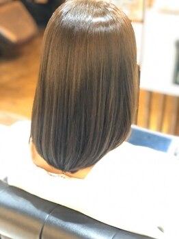 ヘアーデザイン アール(HairDesign Ar)の写真/【JR・神鉄三田駅徒歩2分】髪質改善が自慢のサロンは、カットでもこだわりの道具を使用しくせ毛も改善◎