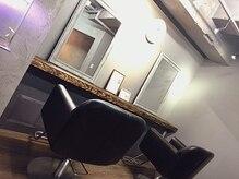 トリートメント サロン スローネ(Treatment Salon Throne)の雰囲気(大人気プライベート完全個室☆シャンプー台も完備♪)