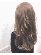 ヘアーアンドメイクランプ(Hair & make Lamp)アッシュグレージュ