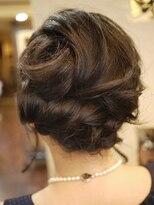 キーナ(Organic Hair KI-NA)美しい立体アレンジ