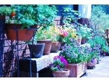 ゲッカガーデン たまプラーザ(gecca garden)の雰囲気(カフェやお花屋さんみたいな外観☆【たまプラーザ店】)
