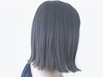 ドアー ヘア ラテ(Door hair.latte)の写真/印象や雰囲気を堅くしない柔らかなストレート♪毛先のクセは活かしたスタイルで、ナチュラルな素髪美人に☆