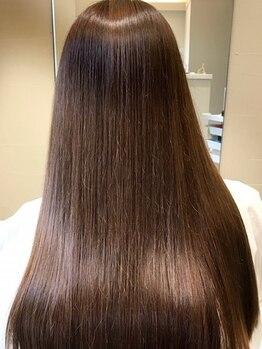 ヘアー アディクション アイディーアール(hair addiction IDeaR)の写真/【雑誌でも話題に!】電子トリートメント取扱い◎水分補給でやわらかい質感を叶え、輝くツヤ美髪に♪