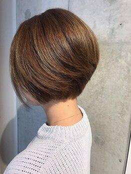 """ドルチェ ヘアー 横堤店(DOLCE hair)の写真/丁寧なカウンセリングで満足度の高い仕上がりに!お洒落なグレイカラーなら""""DOLCE hair""""で!"""
