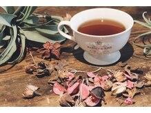 リバレッジ 白金(Leverage)の雰囲気(有名紅茶も8種類のフレーバーからお選びいただけます。)