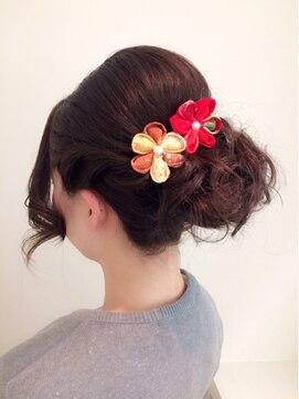 リラシス(RELASIS)【卒業式に★】トップ盛りアップヘア
