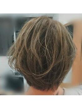 エメ ヘア デザイン(aimer hair design)の写真/360度どこから見てもキレイなシルエットを再現☆計算された繊細なカット技術で貴方の『なりたい』が叶う♪