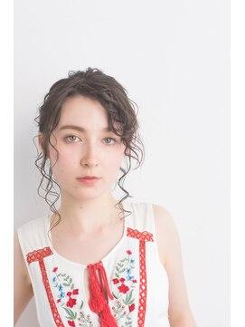 リトル ルル ウメダ(little Lulu Umeda)キューティ・ブロンドアップ
