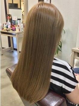 メゾンド クロエ(Maison de Chloe)の写真/人気の秘密は、髪質に合わせたオーダーメイドの縮毛矯正!選べる10種類のお薬をご用意♪