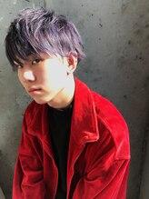 髪の色に飽きたら、挑戦したい【ダブルカラー×マッシュ】[立川/メンズ]