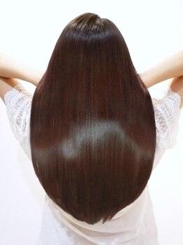 アース 石巻店(HAIR&MAKE EARTH)の写真/髪質に合わせた提案で、ダメージヘアもしっかりケア♪髪質を改善し、艶感を引き出し理想の美髪