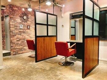 グラント 川崎店(GRANT)の写真/【半個室型サロン】12/9リニューアルオープン!ゆったりとくつろげる空間で理想のスタイルを叶えます♪
