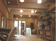 オークヘアープリュム 天神店(OAK hair plume)の雰囲気(店内はゆっくりくつろぎの雰囲気♪ゆるりと時間が流れます♪)