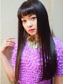 ルームヘアー(ROOM HAIR)の写真/【女性スタイリストだけのサロン】『思わず触りたくなる…』縮毛ならROOM HAIR☆髪の芯から生まれ変わる!!