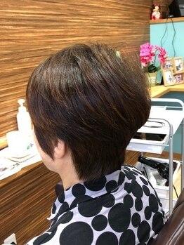 ヘアーズニップ(HAIR'S nip)の写真/お客様の髪に合わせたグレイカラーでキレイに染まる☆暗めのグレイカラーから明るめまでご対応致します☆