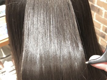 リシャール たまプラーザ(Re:chaLu)の写真/【たまプラーザ徒歩2分】《カット&トリートメント¥5500~》大人気の炭酸TRもオススメ♪うる艶美髪へ導く!