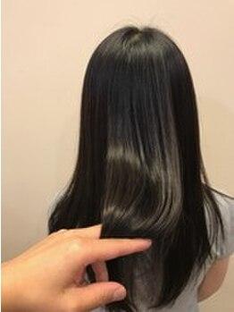 ソーエン バイ ヘッドライト 函館店(soen by HEADLIGHT)の写真/【カット+トリートメント¥4200】可愛いStyleはヘアケアが重要!豊富なトリートメントMENUでうるツヤ髪に♪