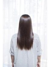 Growth[グロース]とは、 成長し、極める という意味。 美と健康な髪と肌をどこまでも追求する